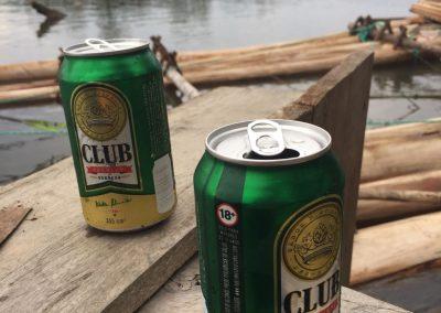 Da gönnt man sich doch ein Bier auf dem Floss!