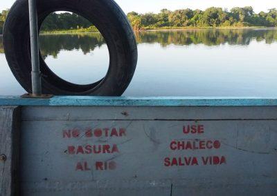 In den Fluss wird nur organisches geworfen, sonst nichts!