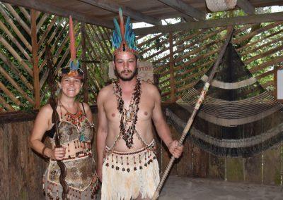 Häuptling mit Frau … nicht aus der Selva!