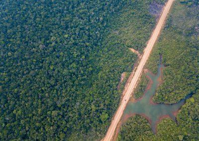Die legendäre BR319 durch den Amazonas von Brasilien ist staubtrocken.