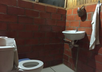 …führen in ein akzeptables WC.