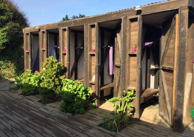 Das ist Luxus auf einem Camping in Chile: Jeder kriegt sein eigenes, abschliessbares Kabinchen!!!