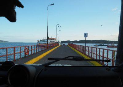 Und gemeinsam verlassen wir die Insel Chiloé per Fähre.