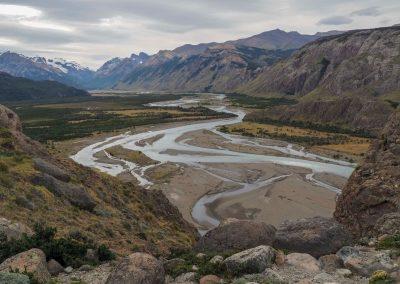 Ein schöner Ausblick auf das Flusstal.