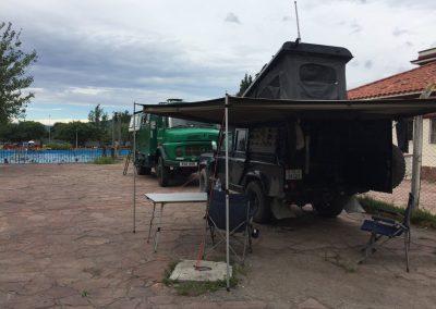In Salta durften wir in der Badeanstalt der Stadt campen.