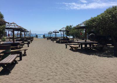 Der Camping in Matanza liegt direkt am Strand.