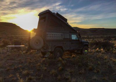 Sonnenuntergang mitten in der Pampa.