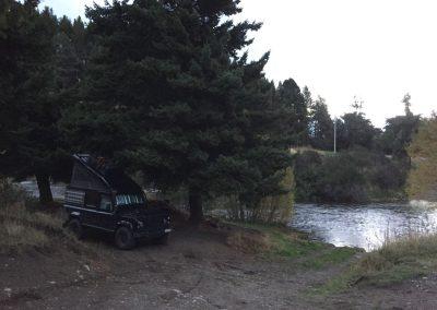 Nähe Coyhaique an einem Fluss.