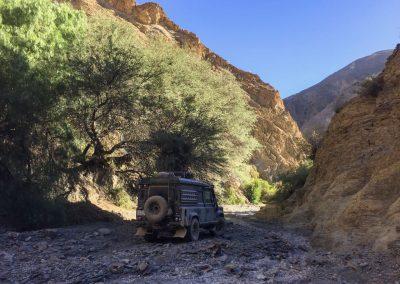 Zwischen der Argentinischen Grenze und der Stadt «Tarija» fanden wir in diesem Flussbett…