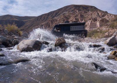 …wie unten die Flussdurchfahrten Spass machen.
