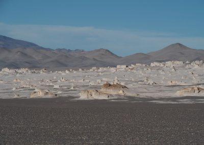Ein ganzes Plateau voll mit Felsblöcken aus Bimsstein.