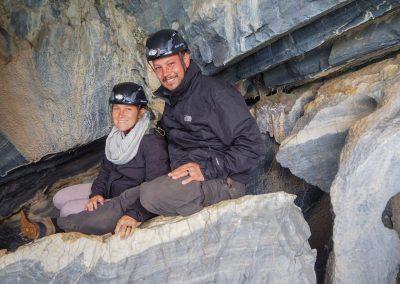 Höhlenforscher in den Marmorhölen von Chile.