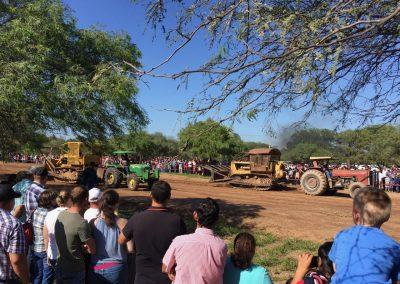 Traktorrennen mit Landmaschinen