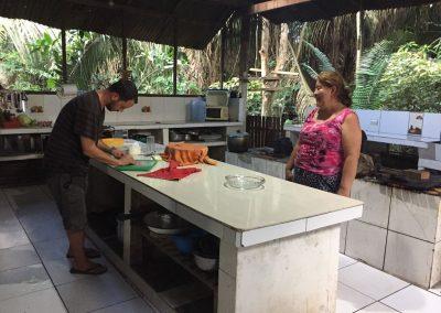 Hifi macht Pizza in der peruanischen Küche.