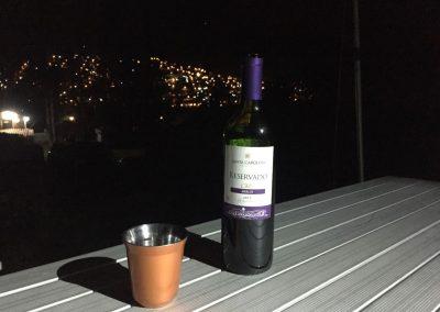 Die letzte Weinflasche wird noch genossen.