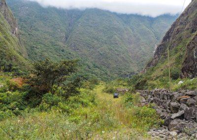 Auf dem Weg nach Cusco, auf 1'600 MüM zum anklimatisieren.