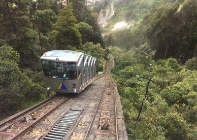 Mit der Drahtbahn hoch auf den Berg, um Bogota von oben zu sehen