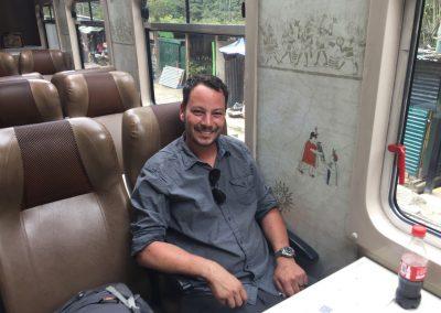 So 'ne Zugfahrt die ist lustig, so 'ne Zugfahrt die ist schön...