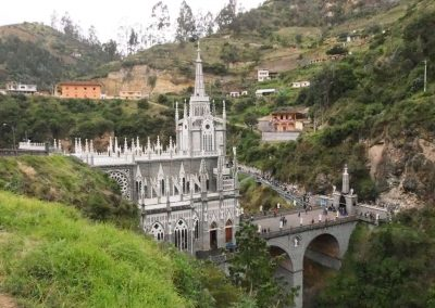 Las Lajas – Eine Wallfahrtskirche im Fels.