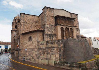 Hier wurden noch Fundamente von den Inkas gebraucht, um diese Kirche zu bauen.